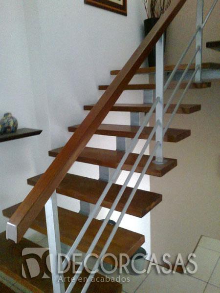 Escaleras escaleras de madera per escaleras revestidas for Escaleras de aluminio para interiores