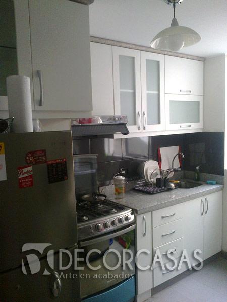 Los reposteros de cocina deben tener un espacio específico para cada objeto  de la cocina de esa manera se logra el orden deseado. bcf0e6f9467f