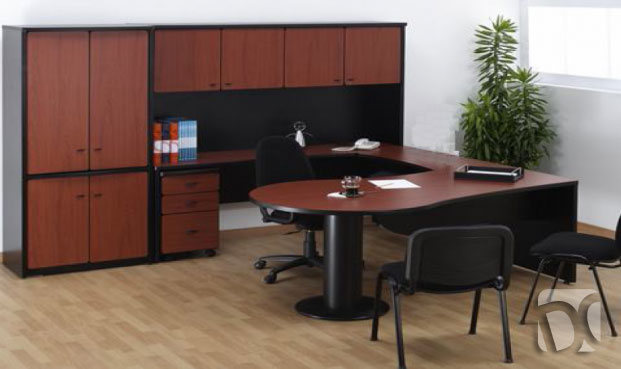 Muebles para oficinas en melamina escritorios y armarios for Medidas de muebles para oficina